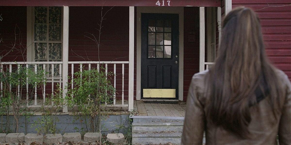 Walker Micki drives to Mercedes house door but then turns around 107.