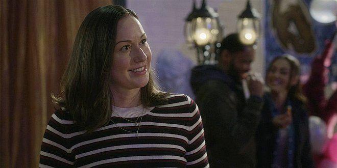 Walker Julie Branlett flirts with Jared Padalecki 108.