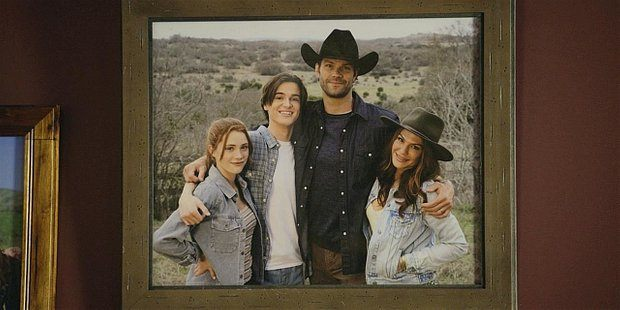 Picture of Cordell Walker family with dead wife Emily 110.