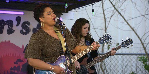 Minnie Jayne performing live on Walker 110.