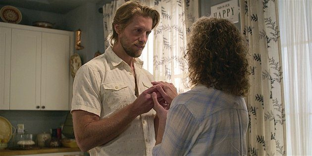 Hoyt reacts to Abilene giving him wedding ring for Geri 1.11 Walker.