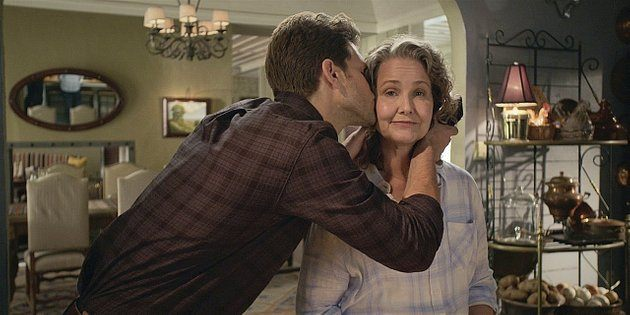 Walker Liam kissing Abeline 1.11.