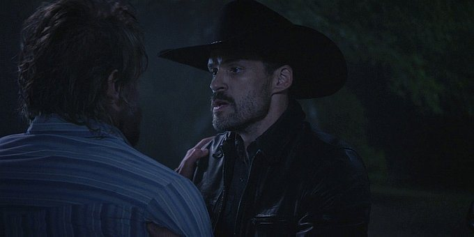Walker Clint fighting with Hoyt and getting shot 1.13.