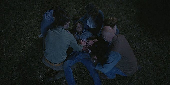 Walker family trying to keep Hoyt from dying 1.13.