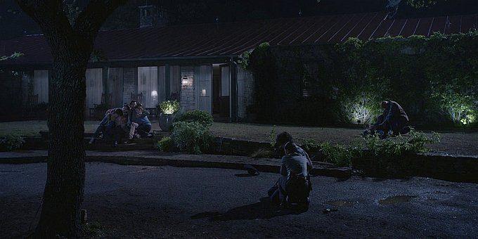 Walker Trevor sobbing over his dead dad while Micki is holding him.