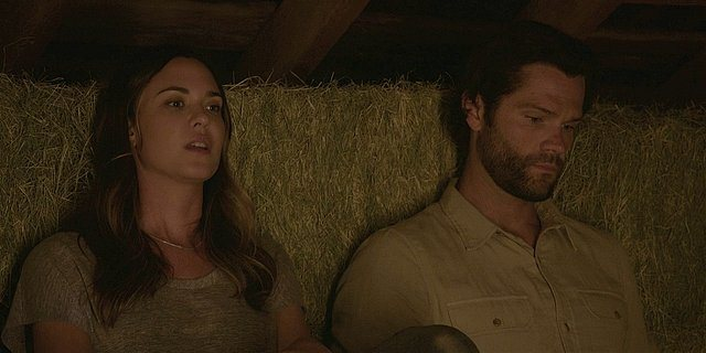 Walker Geri and Cordell in bales of hay talking about love for Hoyt.