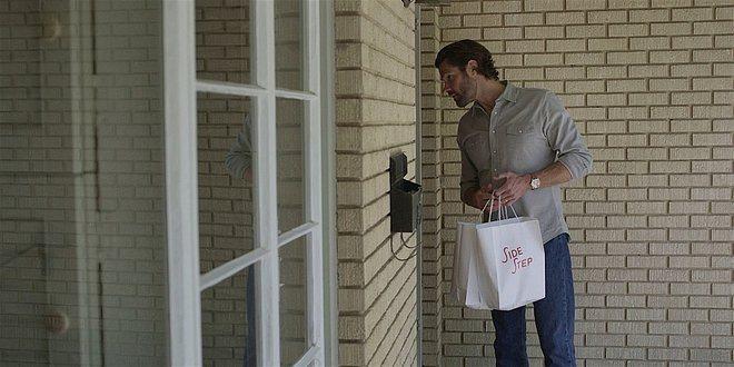 Walker Jared Padalecki posing as Uber Eats delivery for Side Step.