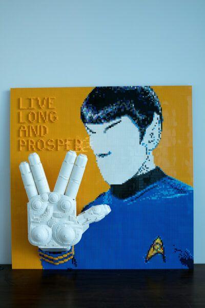 Star Trek Live Long and Proper Vulcan salute in Legos