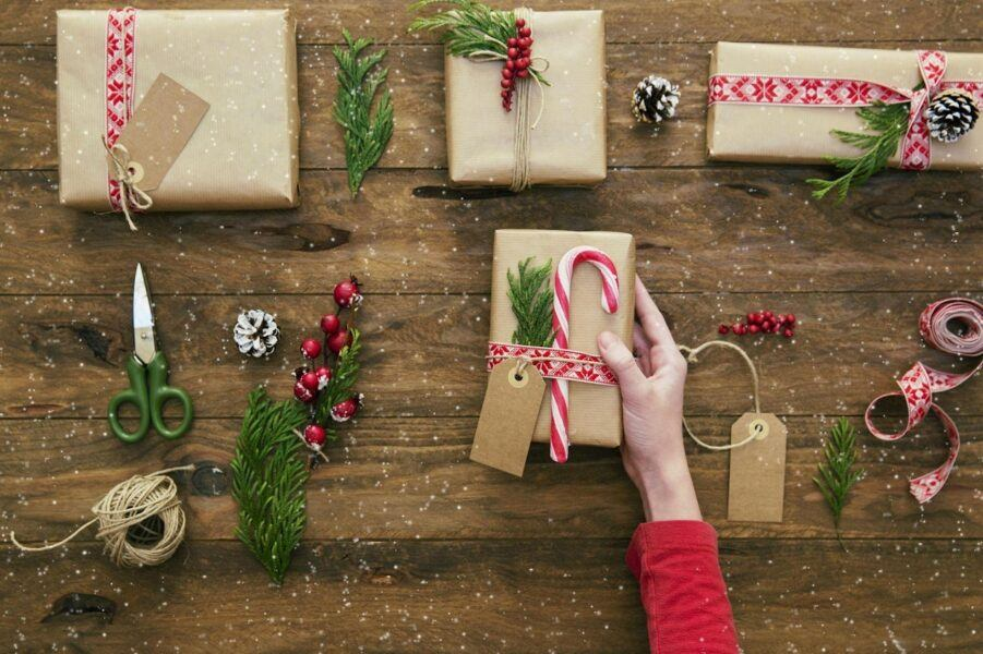 amazing hottest gift ideas for friends and coworkers